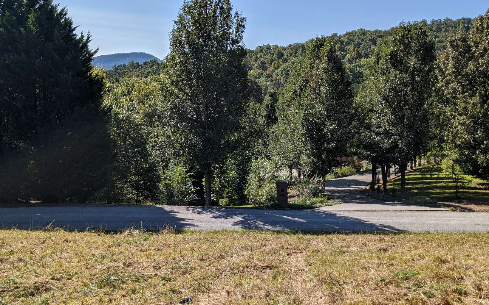 LOT12  STONE MILL DR