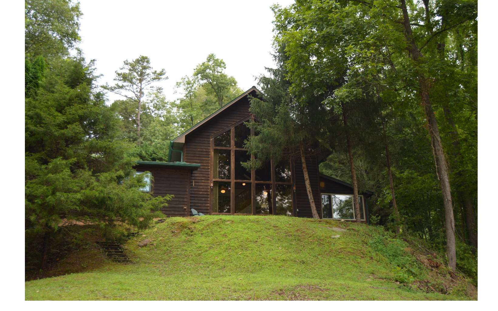 250  LOVERS LEAP DRIVE