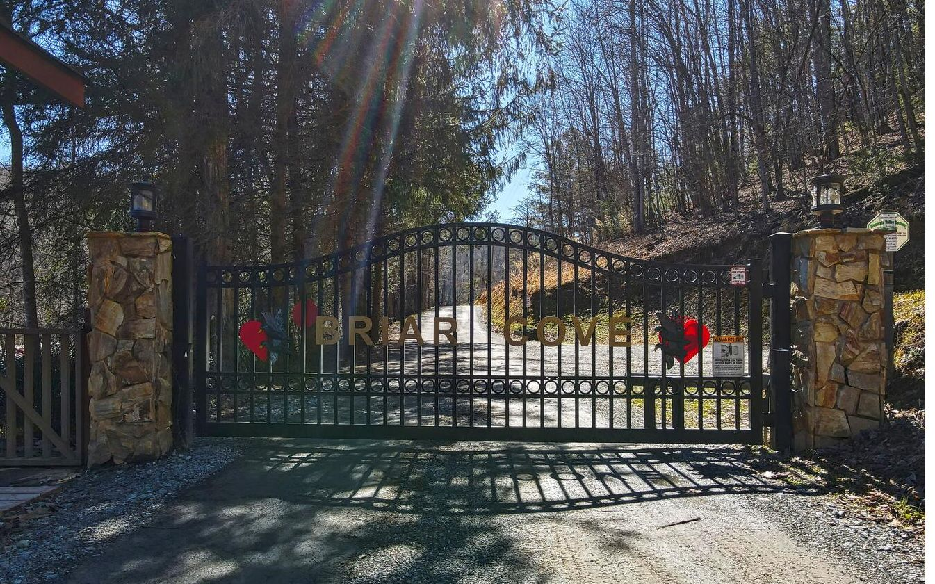 L 132  HIGH COUNTRY DR
